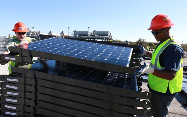 Installing Solar Panels at Verizon's Garden City Facility