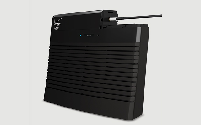 Verizon and Samsung unveil 4G LTE Network Extender for ...