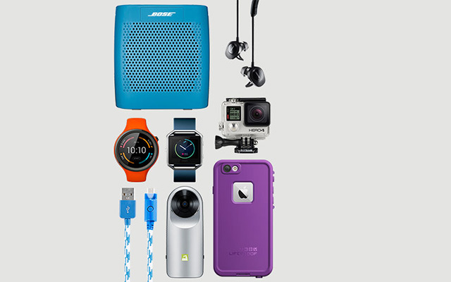 6 must–have mobile accessories to get your summer started right