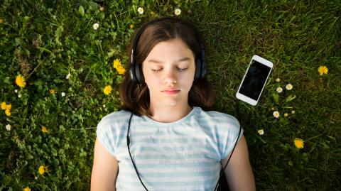 These meditation apps can help give your kid some peace of mind