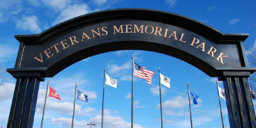Veterans memorial park near downtown elgin