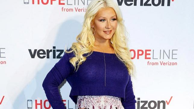 Christina Aguilera joins HopeLine From Verizon for campaign supporting domestic violence prevention