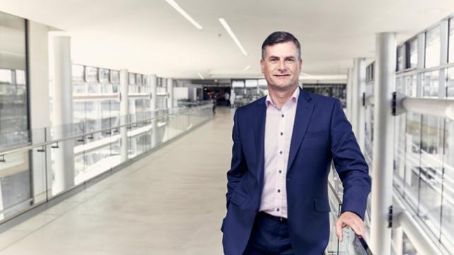Ronan Dunne named president of Verizon Wireless