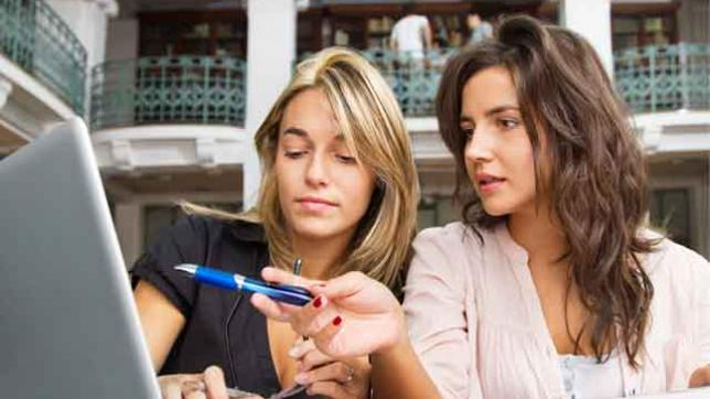 two-teachers-exploring-online-education-tools