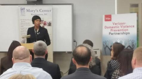Muriel Bowser joins with Verizon Foundation to combat domestic violence