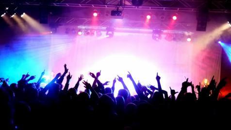 Verizon's 'Now Playing' Music Tour Kicks Off
