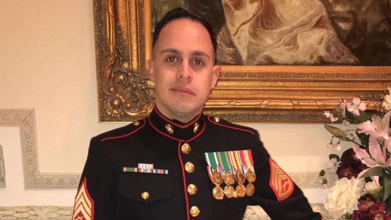 Jorge Luis Gonzalez - Marines