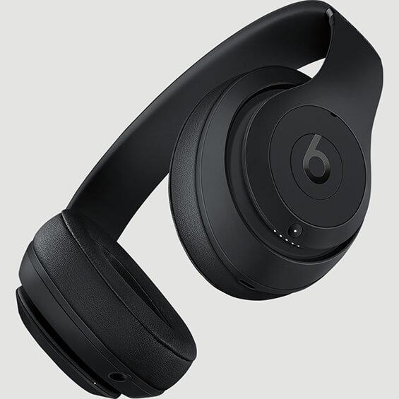 Vista angular de los auricularesBeats Studio3